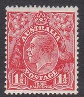 Australia SG 96 1927 King George V,1.5 D Scarlet,Small Multiple Watermark Perf 13.5 X 12.5, Mint Hinged - 1913-36 George V: Heads