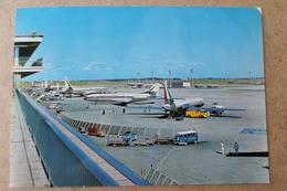 AÉROPORT DE PARIS - ORLY - L'aire De Stationnement ( 94 Val De Marne ) - 1946-....: Ere Moderne
