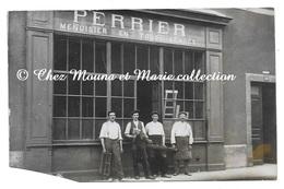 MENUISERIE PERRIER MENUISIER AU N° 4 - DEVANTURE COMMERCE - CARTE PHOTO - Magasins