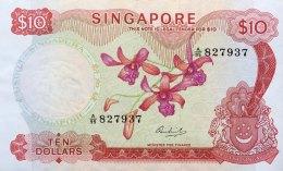 Singapore 10 Dollars, P-3c (1967) XF - Singapur