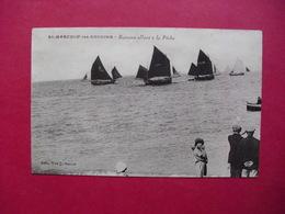 St-MARCOUF-les-GOUGINS  -  Bateaux Allant à La Pêche - Frankreich