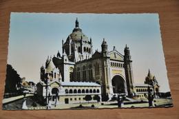 632- La Basilique De Lisieux - 1952 - Lisieux