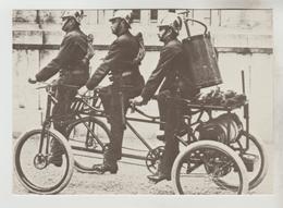 CPM METIER SAPEUR POMPIER - BALE (Suisse) Pompier Se Déplaçant Pour Aller Combattre Le Feu En 1899 - Sapeurs-Pompiers