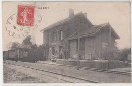 CPA- FROISSY - La Gare (Animée Train Locomotive Enfants Personnages) 1921 Dép60 TBE -2scans - Froissy