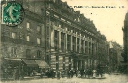 """Cpa PARIS X - Bourse Du Travail - Banderolle """" A Partir Du 1er Mai 1906 Nous Ne Travaillerons Que 8 Heures Par Jour """" - District 10"""