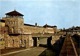Mauthausen - Garagenhof Mit Der Südfront Des Lagers (635) - Non Classés