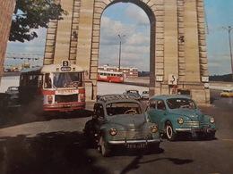Bus Ou Autobus  En Beau Plan à Bordeaux - Auto - DA - Bus & Autocars