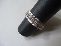Anello Con Zirconi In Oro Bianco Mis.8 - Rings