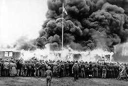 WW2 - Destruction Du Camp De Concentration De Bergen-Belsen Par Les Britanniques En 1945 - 1939-45