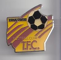 Pin's TFC Toulouse Football Club Réf 2461 - Football