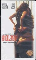 """(03863) M Douglas & D Moore """"harcèlement"""" K7 VHS. TBE """" En Baisse """" - Video Tapes (VHS)"""