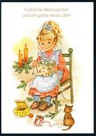 B4938 - TOP Glückwunschkarte - Mädchen Mit Geschenk Kerzen Katze - Weihnachten