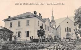 Viuz La Chiesaz - Les Ecoles Et L'Eglise - Autres Communes