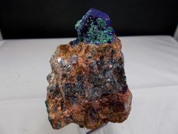 FLUORINE RECOUVERTE D'AZURITE DE MALACHITE ET CERUSITE PARTIE DE FILON DE GALENE 6, X 5,X 9 CM MIDELT - Mineralien