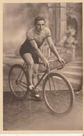 Jemelle , COUREUR CYCLISTE ,photo Chaudoir - Dumont ,Jemelle , ( Vélo,course ) - Rochefort