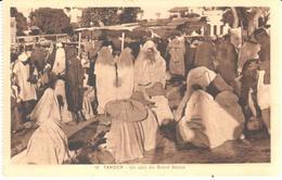POSTAL   TANGER  -MARRUECOS  - UN COIN DU GRAND SOCCO  (UN RINCON DEL GRAND ZOCO) - Tanger