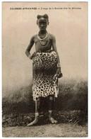 Colonies Françaises - L'Usage De La Fourrure Chez Les Africaines - Edit. J. Bienaimé, Reims - 2 Scans - Cartes Postales