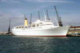 7X5 PHOTO OF SEA PRINCESS AT SOUTHAMPTON - Boats