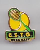 Pin's CSTG Breuillet Tennis En Charente Maritime Dpt 17 Réf 3601 - Villes