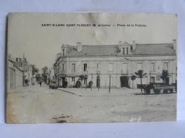CPA (49) Maine Et Loire - Saint Hilaire  Saint Florent - Place De La Poterne - Autres Communes
