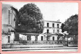 Saint Jean D'Angely - Fondation Robert - Façade - Saint-Jean-d'Angely
