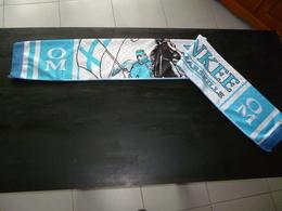 ECHARPE NEUVE FOOT FOOTBALL 008  OM OLYMPIQUE DE MARSEILLE YANKEE VIRAGE NORD - Football