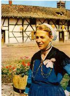 En Bresse Autrefois : Jeune Bressane - Autres Communes