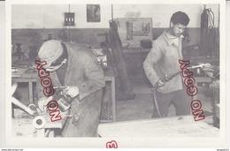 Au Plus Rapide Tunisie Tunis école De Dubosville Collège Technique Plombier Chauffagiste Années 50 Beau Format - Métiers