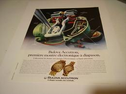 ANCIENNE AFFICHE PUBLICITE MONTRE BULOVA ACCUTRON 1972 - Autres