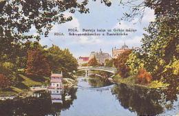 Lettonie        1        RIGA.Basteja Kalns Un Gulbju Magina - Lettonie