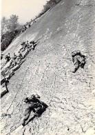 MILITARIA - GIVET : C.E.C. (08) Escalade - CPSM Dentelée Noir Et Blanc GF - Vosges - Militaria