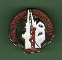 GR.SPELEO CARPENTRAS - VAUCLUSE *** 0034 - Badges