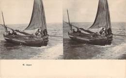 Stéréo - Départ (Vues Stéréoscopique Julien Damoy) (barque De Pêche, Marins Pêcheurs) - Cartes Stéréoscopiques