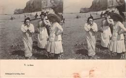 Stéréo - Le Bain (Vues Stéréoscopique Julien Damoy) (scène De Plage) - Stereoscope Cards