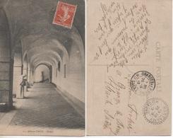 Abbaye D'Acey - Cloître - Francia