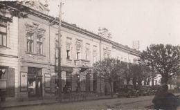 CPA CARANSEBES- GREEN TREE HOTEL, SHOPS, CAR - Roumanie