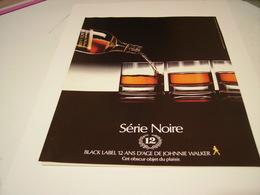 PUBLICITE AFFICHE SERIE NOIRE   WHISKY CHIVAS  1983 - Alcohols