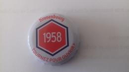 CAPSULE DE BIERE KRONENBOURG 1958 ROUGE - Bière