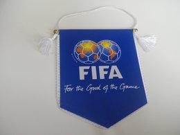 Fanion Football - FIFA - Habillement, Souvenirs & Autres