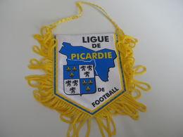 Fanion Football - LIGUE DE PICARDIE - Habillement, Souvenirs & Autres