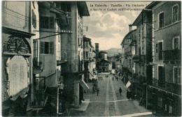 31rx 911 CPA - IN VALSESIA - VARALLO - VIA UMBERTO I - Vercelli