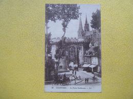 CHARTRES. La Porte Guillaume. - Chartres