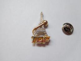 Beau Pin's En Zamac ,  Média Télévision , TDF , Tour Eiffel Paris , Non Signé - Medias