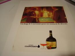 ANCIENNE PUBLICITE COGNAC  COURVOISIER MOMENT DE DETENTE 1982 - Alcohols