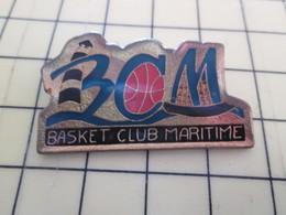 512h Pin's Pins : Rare Et Belle Qualité  SPORTS / BCM BASKET CLUB MARITIME PHARE BALLON - Basketball