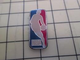 512h Pin's Pins : Rare Et Belle Qualité  SPORTS / BASKET-BALL US NBA - Basketball