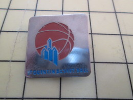 512h Pin's Pins : Rare Et Belle Qualité  SPORTS / BASKET-BALL CLUB ST QUENTIN Ou 52 - Basketball