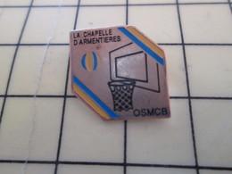 512i Pin's Pins : Rare Et Belle Qualité  SPORTS / BASKET-BALL CLUB LA CHAPELLE D'ARMENTIERES - Basketball
