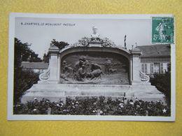 CHARTRES. Le Monument Pasteur. - Chartres