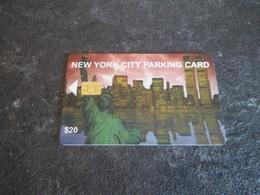 JOLIE CARTE A PUCE PARKING STATIONNEMENT NEW YORK STATUE DE LA LIBERTE + WORLD TRADE CENTER B.E !!! - Etats-Unis